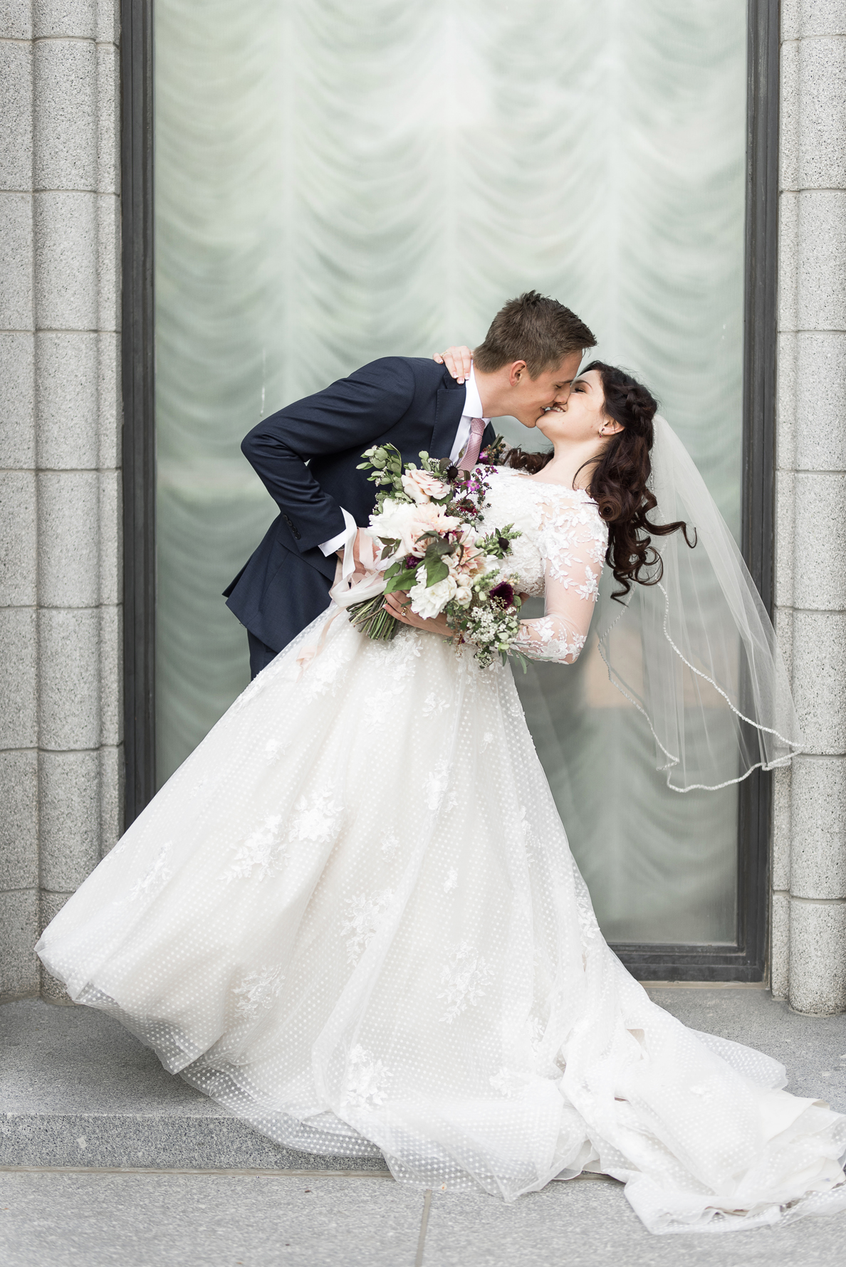 kiss and dip at the salt lake city lds temple