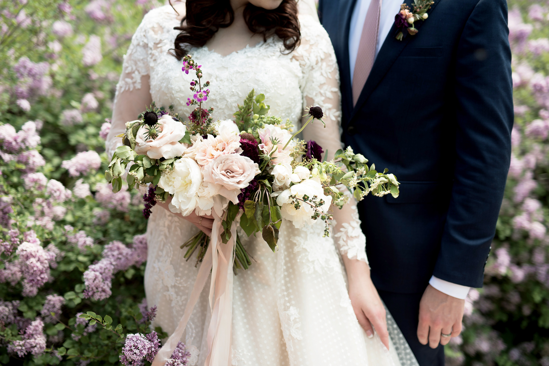 Spring Wedding Bouquet | Elisha Braithwaite Photography