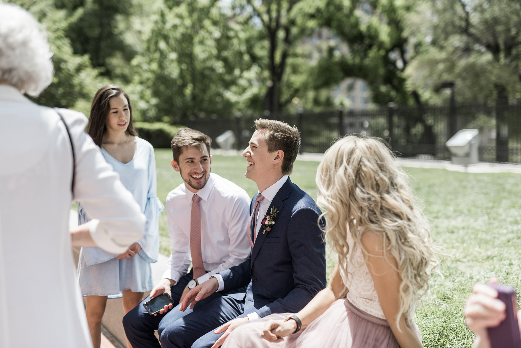 candid wedding photography in utah at temple square