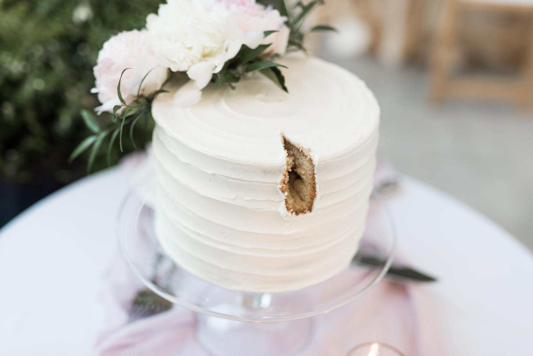 cut wedding cake | red butte gardens