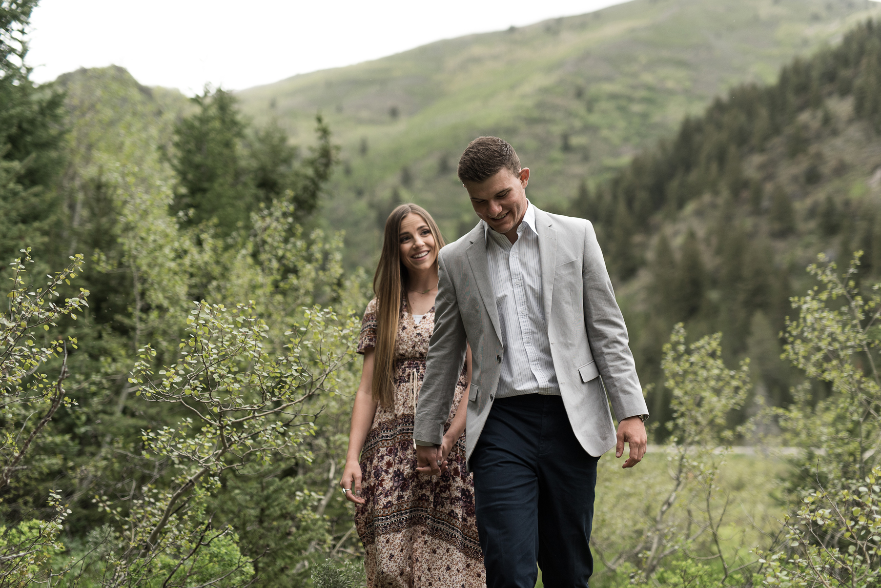 candid wedding photography in utah