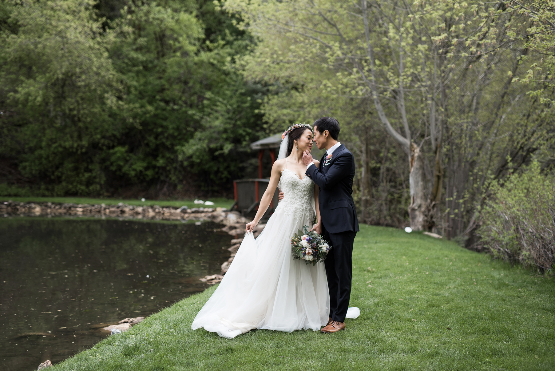 romantic wedding at log haven in millcreek canyon