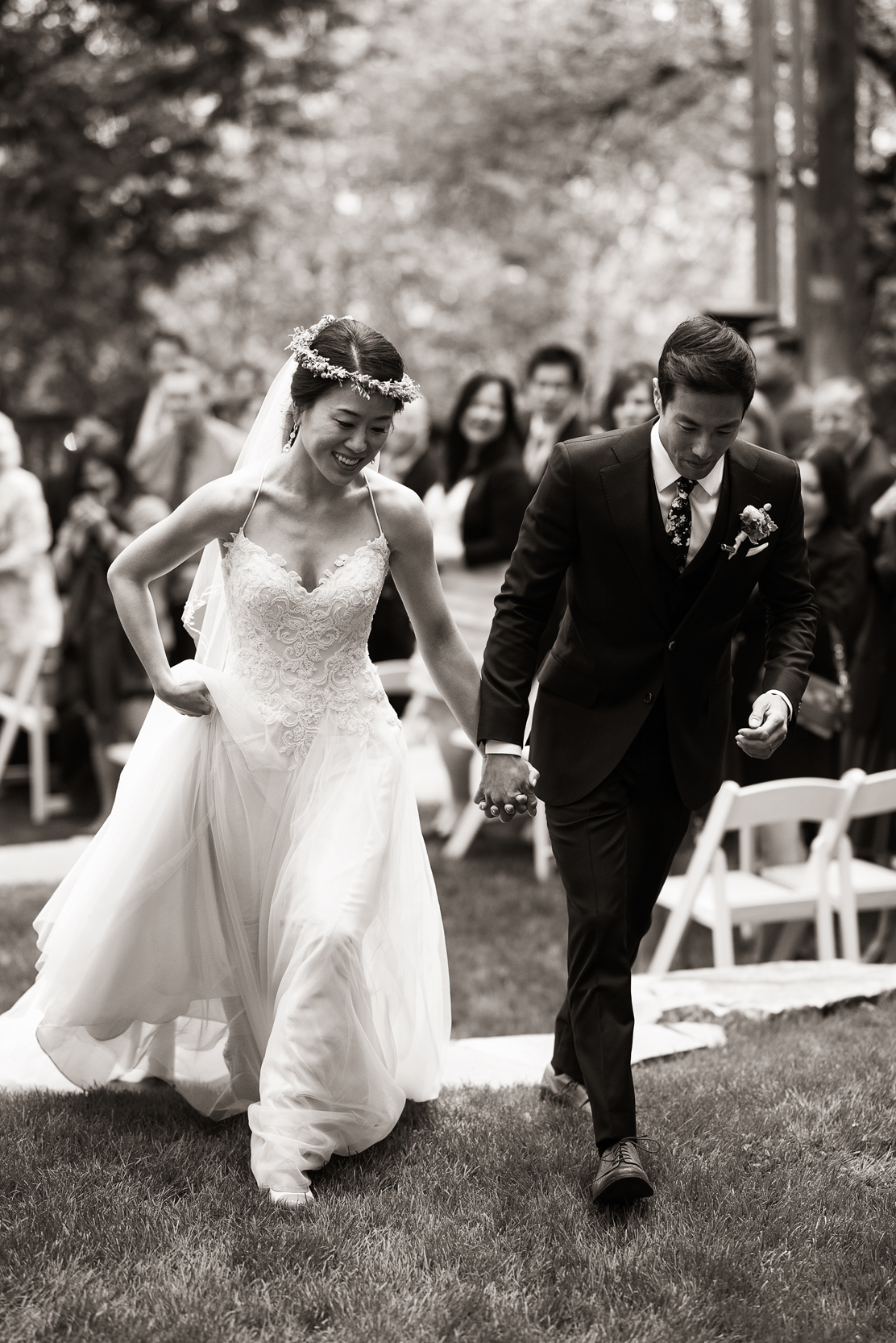 creative black and white wedding ceremony