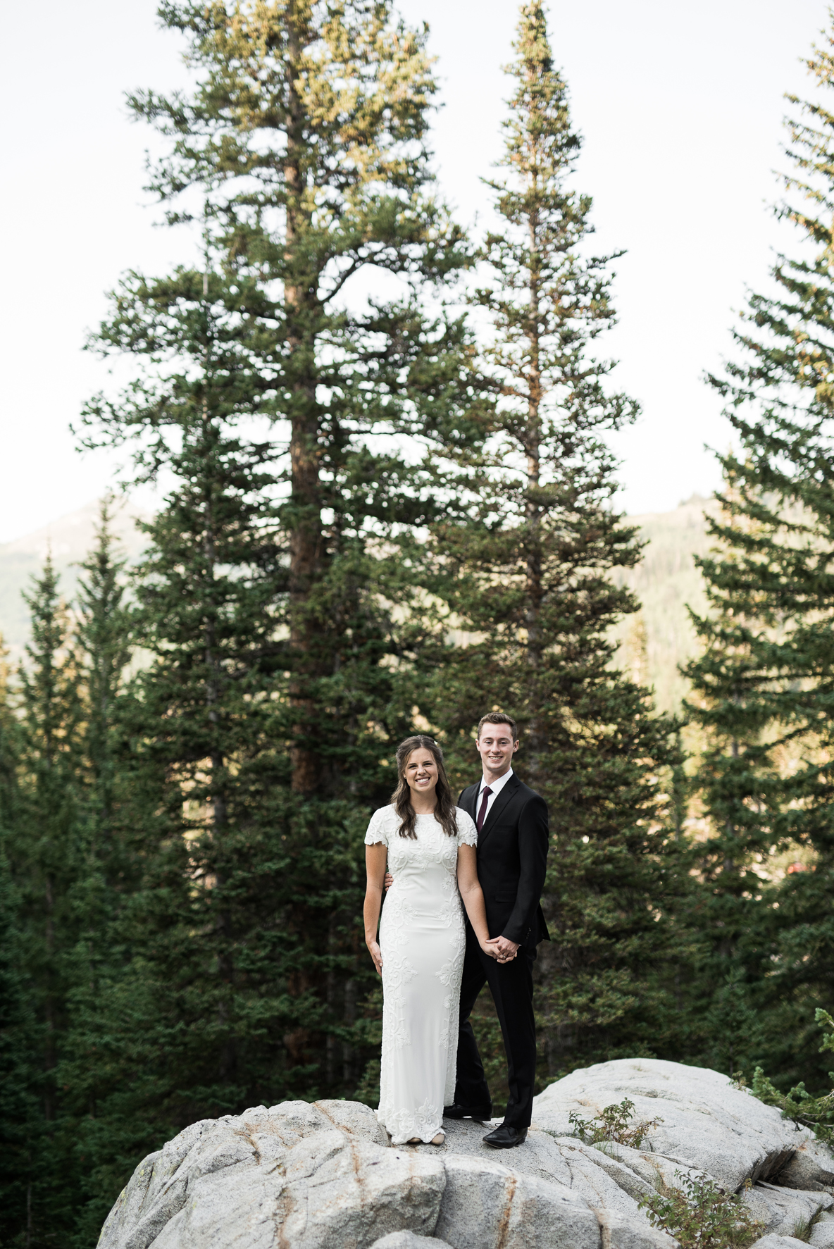 bride and groom in the mountains of utah