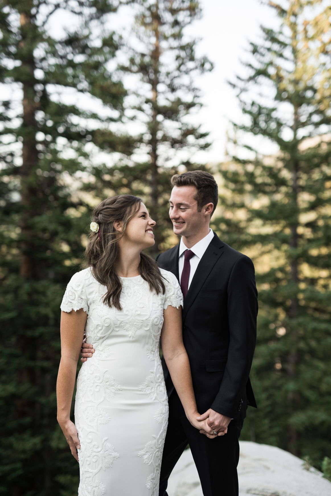 couple together in big cottonwood canyon