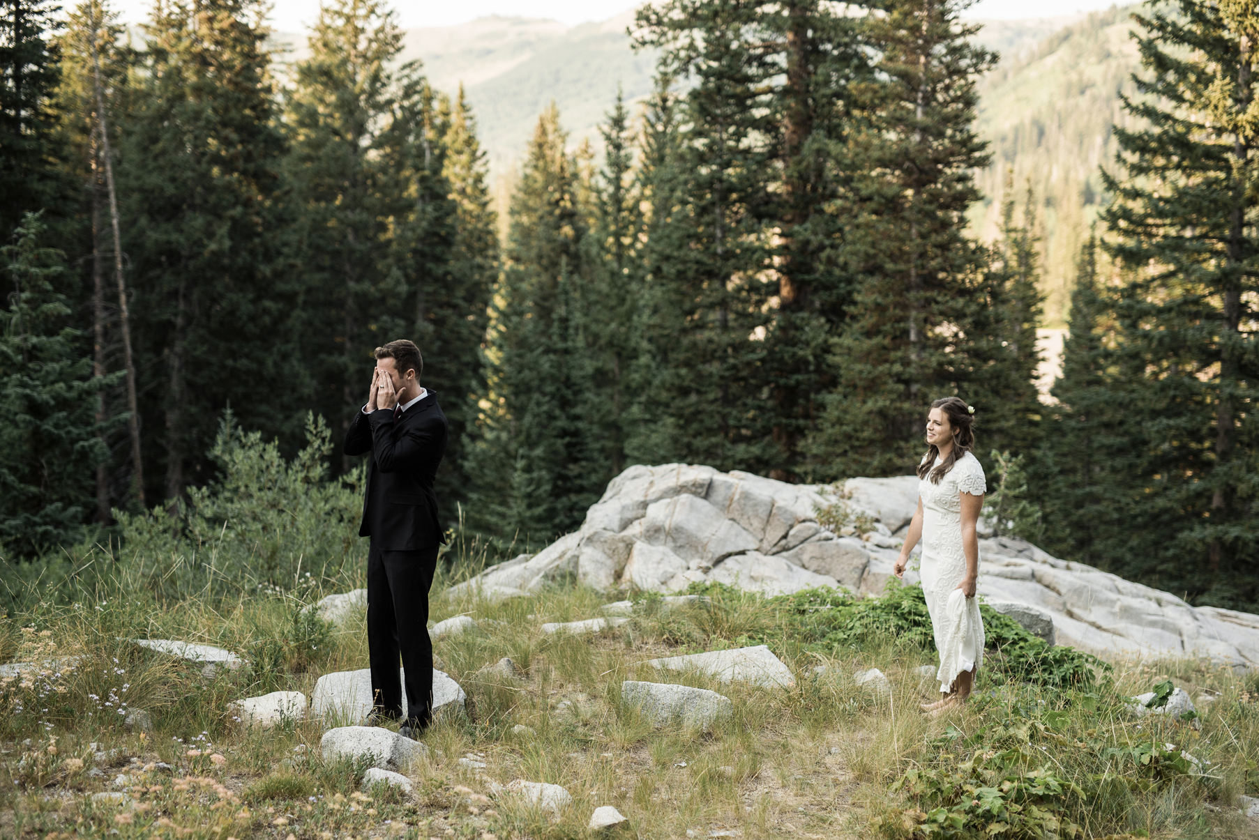 couples first look in the woods