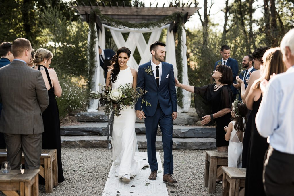 stunning modern wedding at yokayo ranch