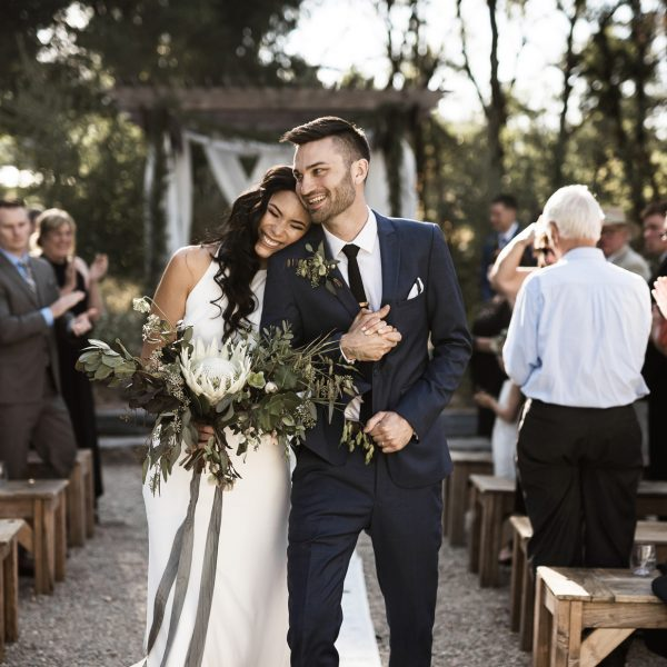Alicia and Taylor's Modern Outdoor Wedding at Yokayo Ranch, Ukiah