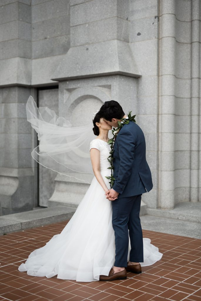 Classic Salt Lake City Temple Wedding by Elisha Braithwaite Photography