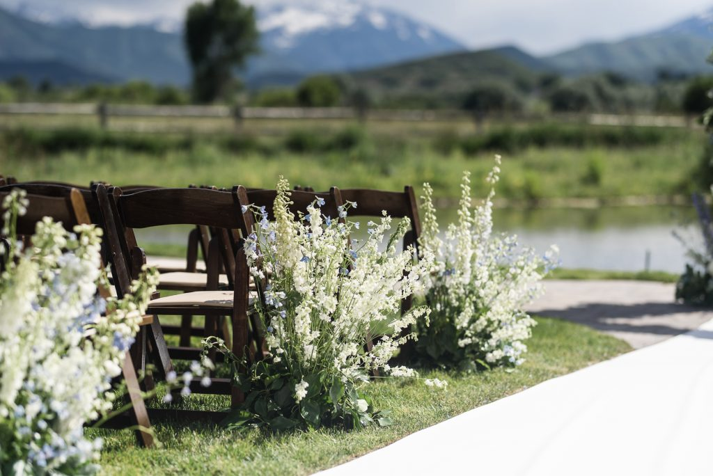 Artisan Bloom Wedding Ceremony at River Bottoms Ranch
