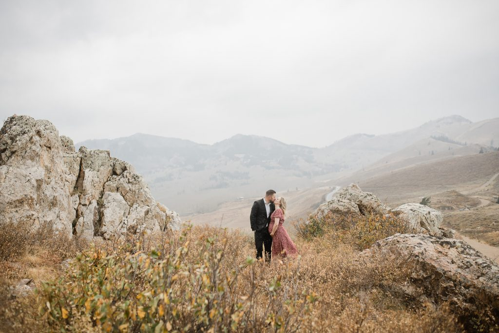Maternity portraits on Guardsman Pass