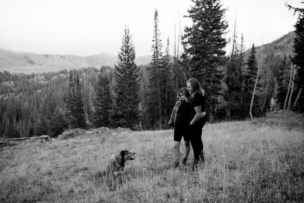 Modern maternity portraits in Park City